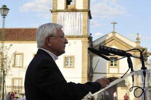 Padre Melícias aufere pensão de 7450 euros Um exemplo de austeridade e solidariedade